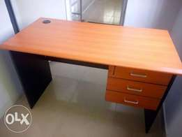 Quality &smart office 4ft table