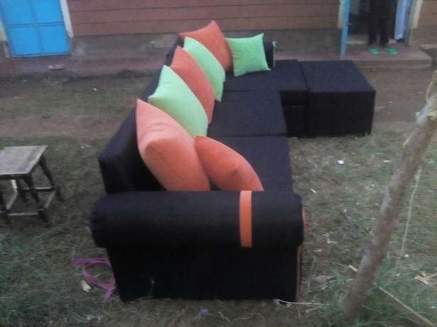 Black couch Eldoret East - image 2