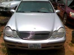 Neat Naija Used Mercedes-Benz C240 For Sale