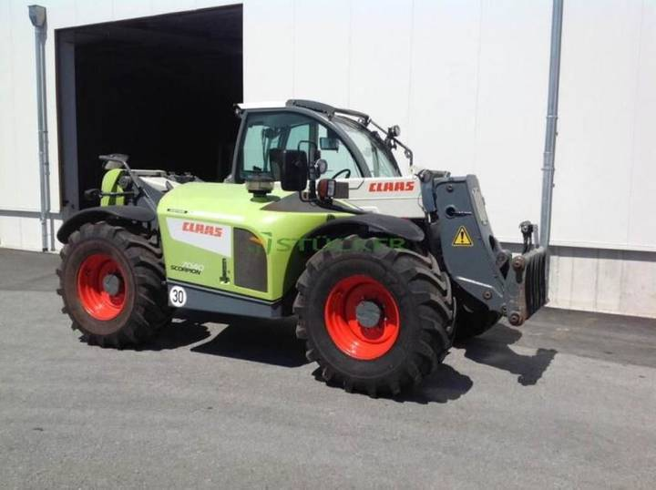 Claas scorpion 7040 - 2011