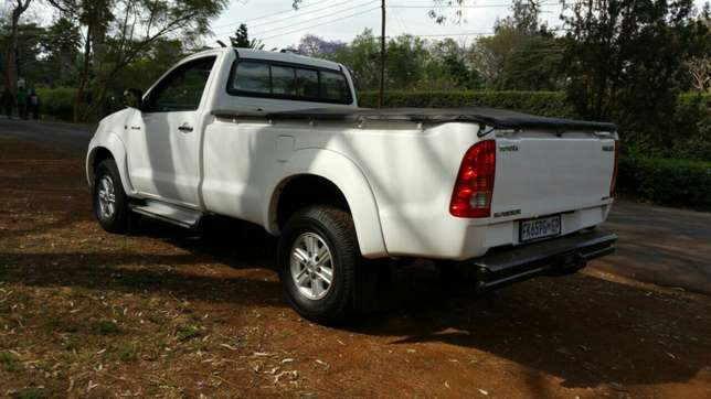 Toyota Hilux Raider 4X4 Sports Package KCK Parklands - image 3