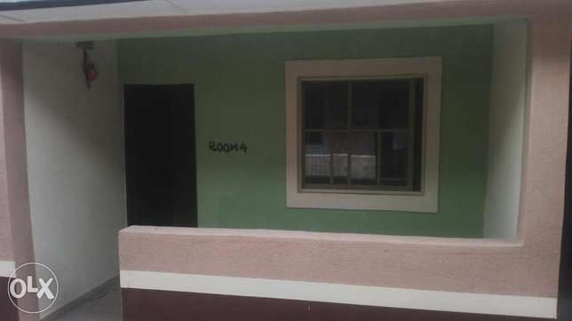 To let: A newly built room self con in oda rd Akure Akure South - image 2