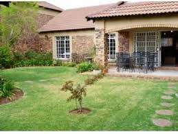 1 Bedroom townhouse to rent in lyttelton near Centurion mall from May