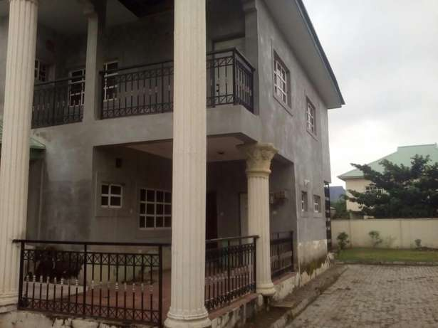 4bedroom Duplex with 2bedroom Chalet and BQ for sale at Gwarinpa Gwarinpa Estate - image 6