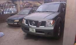 Buy and drive a clean pathfinder