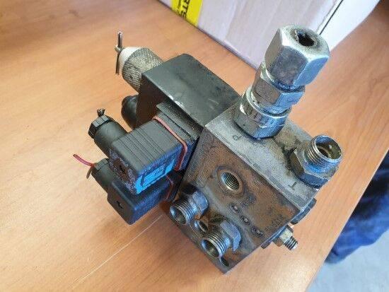 Wm FIAT-HITACHI ELECTROVÁLVULA pneumatic valve for FIAT-HITACHI