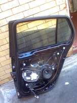 Golf 5 Rear Right Door Mechanisms Spares with Glass, price R900, Call