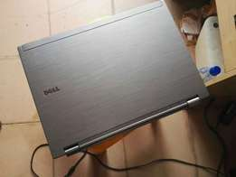 clean dell latitude E6410, intel Core i5, 320GB HDD/ 4GB RAM