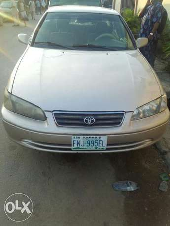 Super clean Camry 2000 for sale at affordable price. Kosofe - image 6