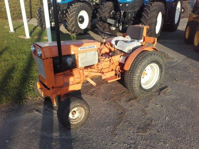 Holder B18 wheel tractor