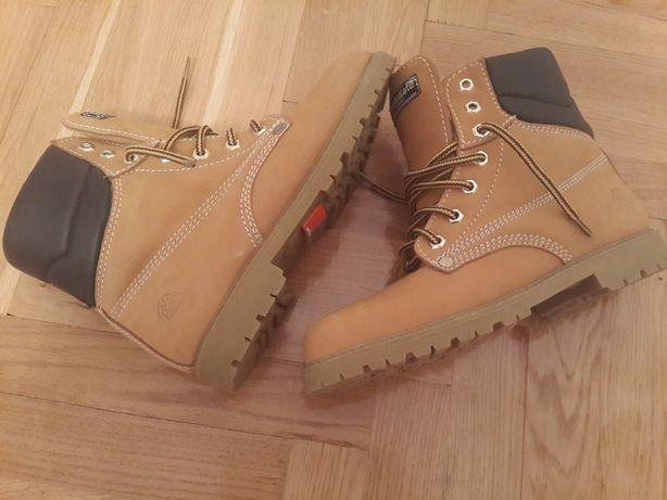 f4f1387f4f9880 Черевики жіночі 37: 380 грн. - Жіноче взуття Бережани на Olx