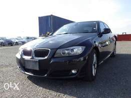 BMW 3 SERIES 2011 model black colour excellent condition