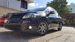 Toyota auris black hid edition with new shape 2010 KCL REG