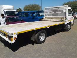 Nissan Cabstar Diesel 3 ton for sale in good condition