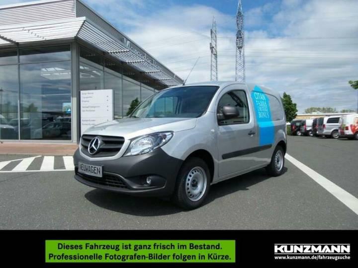 Mercedes-Benz Citan 112 Kasten lang Klima Bluetooth Radio PDC - 2019