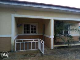3bedroom bungalow for rent