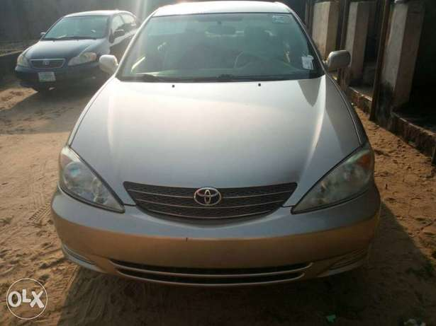 Tokunbo 2004 Toyota Camry Big Daddy LE Festac Town - image 1