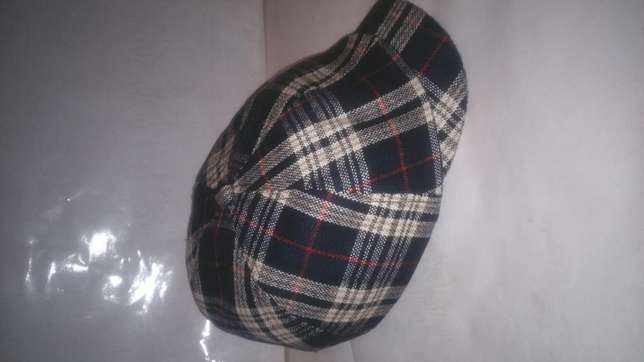Ivy and newsboy hats(kangol) Nairobi CBD - image 5