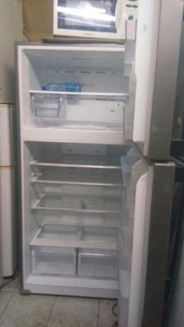 New arrivals ex uk silver samsang double door fridge very big Nairobi CBD - image 3