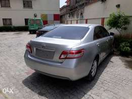 2009 Toyota Camry XLE V4 (FOREIGN USED)