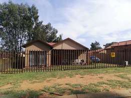 Rensburg Heidelberg 2 bedroom house for sale