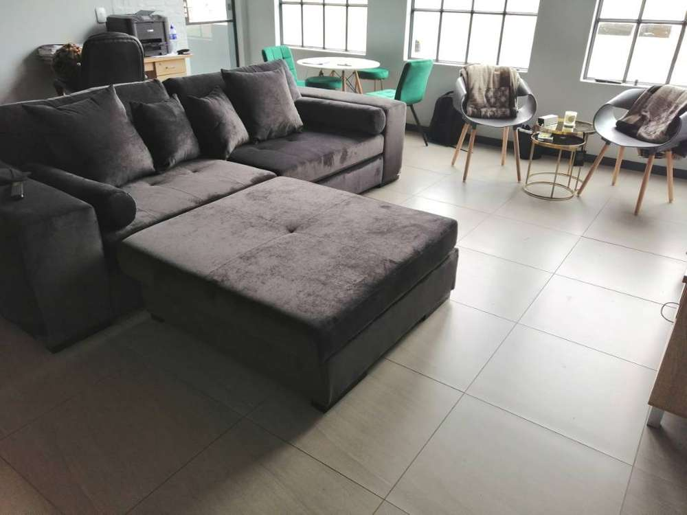 Astounding 4 Seater Couch With Ottoman Gmtry Best Dining Table And Chair Ideas Images Gmtryco
