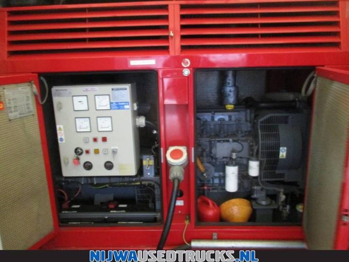 Volvo FE S 280 Mobiele werkplaats + 85 Kva aggregaat - 2006 - image 32