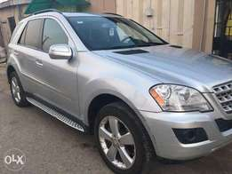 Fairly Used 2009 Mercedes-benz ML250 Silver color for sale