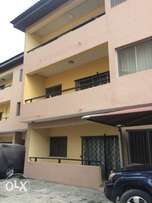 Well finished 3bedroom flat for rent at Ikeja Ade into jones
