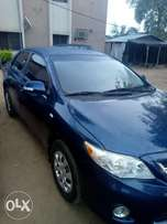 Super clean 2012 Toyota corolla for urgent sale. The AC is ice cold.