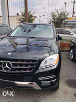 Very clean Tokunbo ML 350 Mercedes Benz Jeep , 2015 model