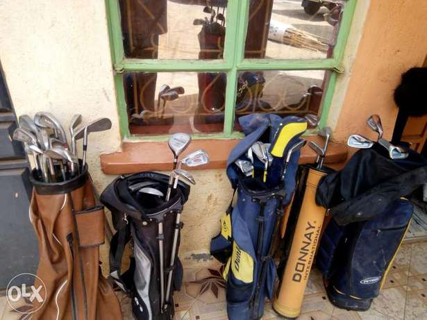 Selling Golf Kit including golf clubs, and golf pouch. Township - image 6