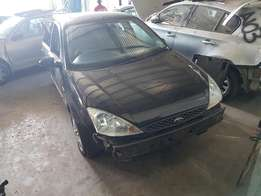 Ford Focus 1.6i 5spd Manual Stripping for Spares