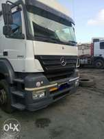 Mercedes Axor and trailer