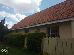 2 Bedroom Unfurnished Guesthouse to let in Muthaiga North