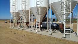 Feeding silos and silo management system