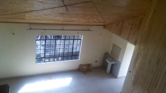 Three bedroom house to let, all en - suite. Roysambu - image 4