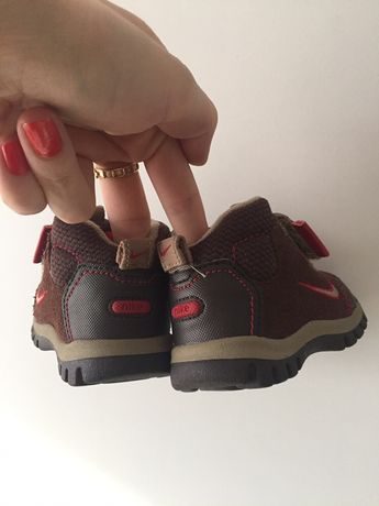 Buciki buty zimowe trzewiki śniegowce dziecięce nike