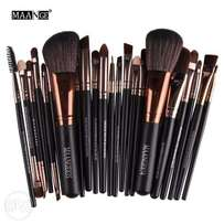 Professional 22 Pcs Makeup Brushes Set Blush Powder Foundation Eyeshad
