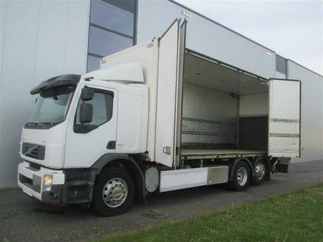 Volvo FE320 6X2 SIDE OPENING MANUAL EURO 5 - 2009