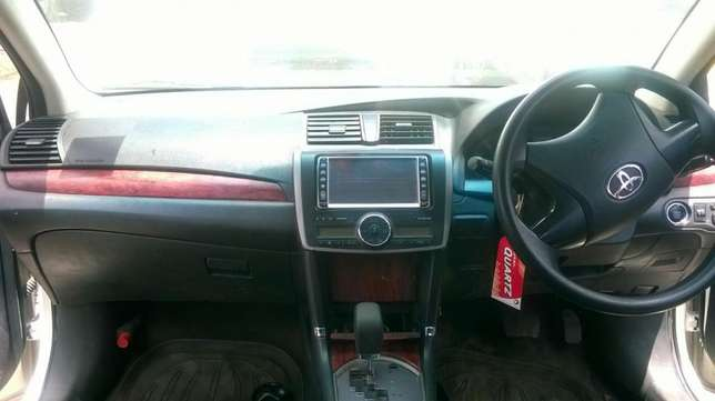 New shape well maintained Toyota premio on quick sell Nairobi CBD - image 2