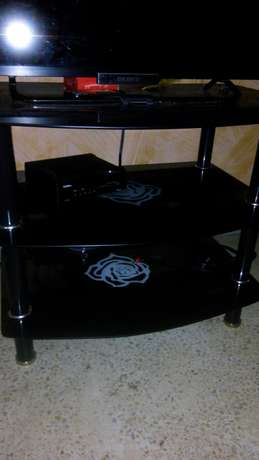 TV stand Zimmerman - image 1