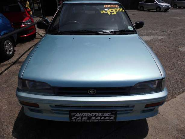 Autostyling Car Sales-East London-2000 Toyota Tazz + acon Only R49995 East London - image 2