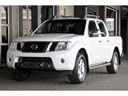 2011 Nissan Navara 3.0dCi V6 double cab LE for sale