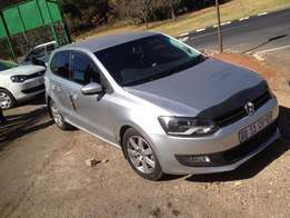 2014 polo 6 1.6 automatic silver colour 14000km R148000