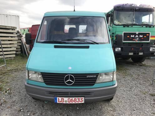 Mercedes-Benz Sprinter 901 208 D rostfrei - Garagenwagen - TÜV möglich - 1995 - image 2