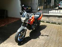 Aprilia Pegaso Strada racing bike sports bike yamaha
