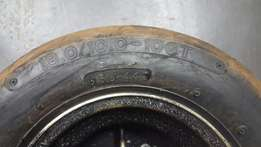 American racer oval track wheels and front wheel stabiliser