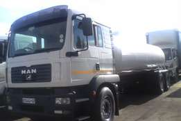 we mount new water tanker 18 000 litres for sale its a MAN