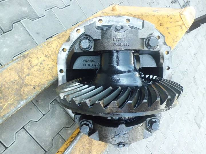 Volvo / 37:11 - 3.36 reducer for  truck - 2014